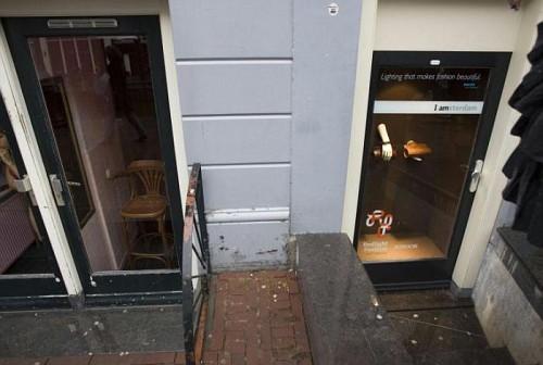 Amsterdam, Quartiere a Luci Rosse. Sottoscala Atelier di Moda