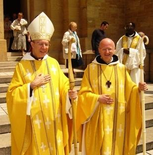 Olanda, proposta: sacerdoti donne e gay celebrino la messa