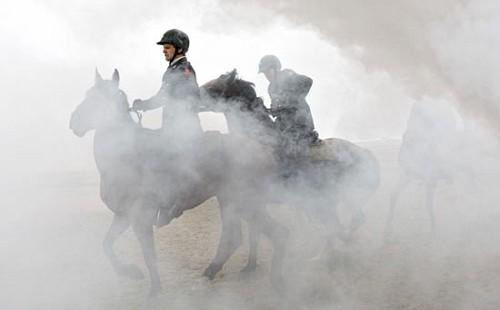 Soldatia Cavallo sulla Spiaggia di Scheveningen