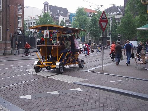 Het FietCafe, la Birra mobile olandese in giro per la Città
