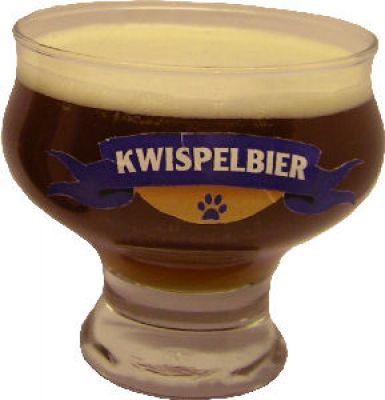 Kwispelbier, la birra che piace ai cani