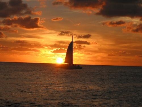 Sail, la competizione dei velieri al Tramonto