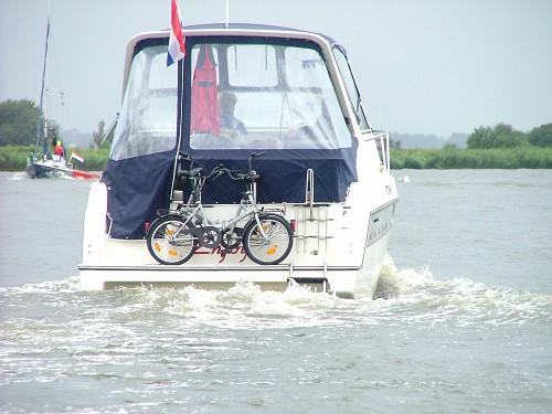 Olanda viaggio in barca. Bici