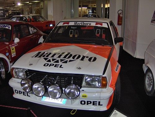 http://images2.fotoalbum.virgilio.it/v/www1-2/654/65447/336818/OpelAscona400RS-vi.jpg